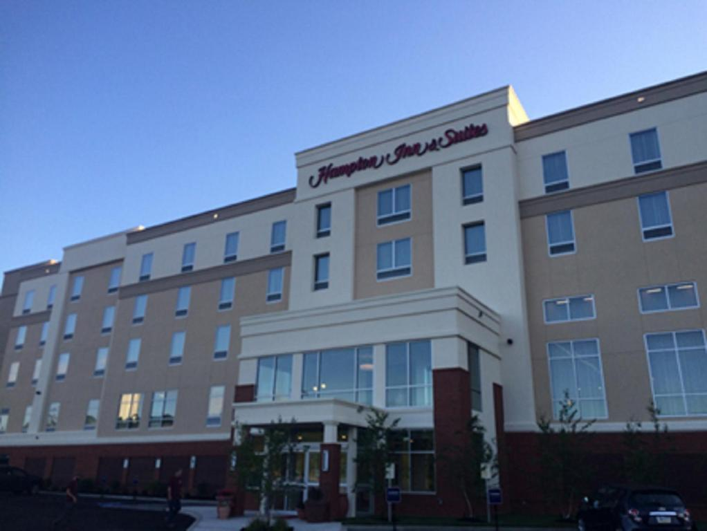 Hampton Inn & Suites Mason City, IA