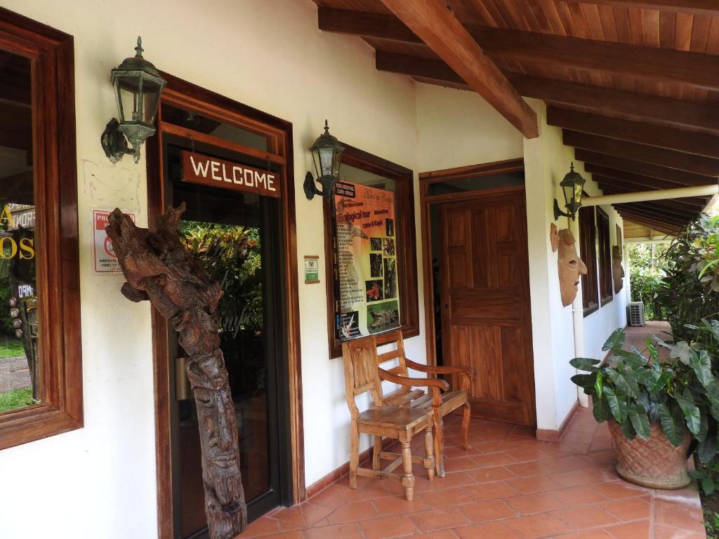 Hotel De Campo Cano Negro