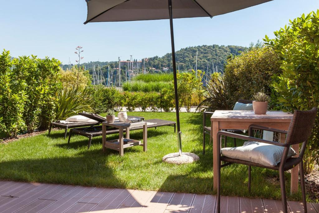 Hotel de charme laveno r servation gratuite sur viamichelin for Reservation hotel de charme