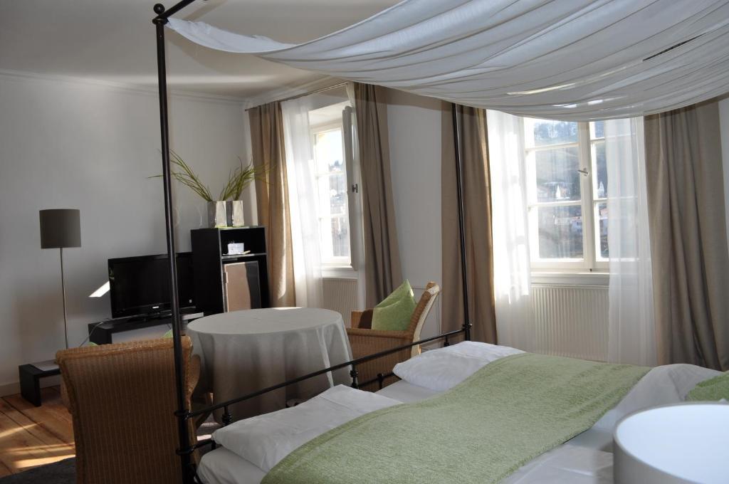 schlo ort passau informationen und buchungen online viamichelin. Black Bedroom Furniture Sets. Home Design Ideas