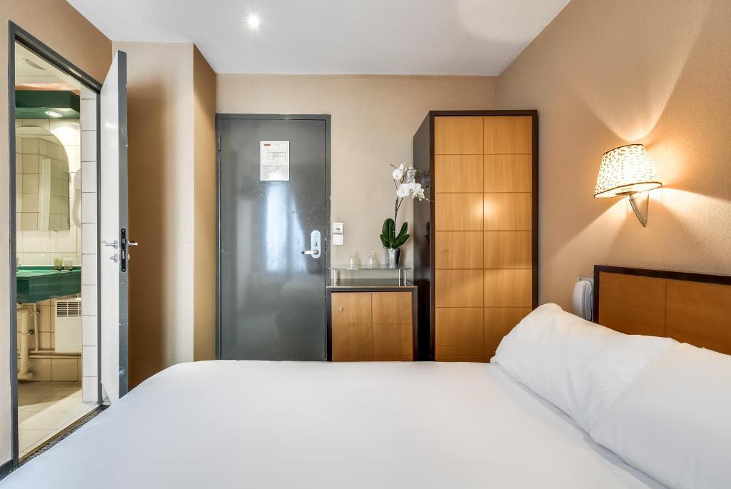 Pavillon porte de versailles vanves book your hotel for Pavillon 6 porte de versailles
