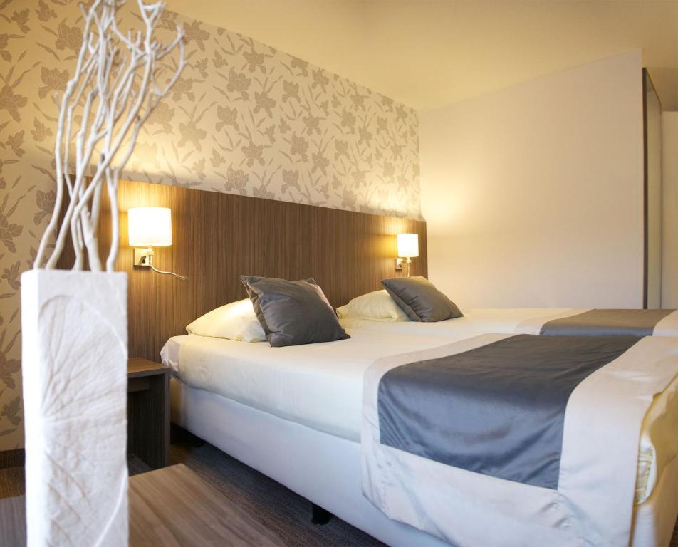 Hotel Asteria - room photo 2788522