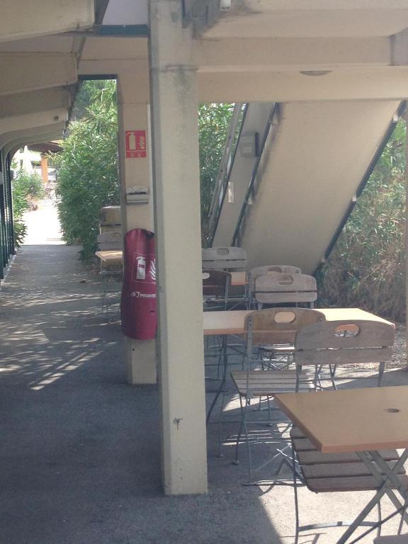 Premiere classe salon de provence salon de provence - Hotel salon de provence premiere classe ...