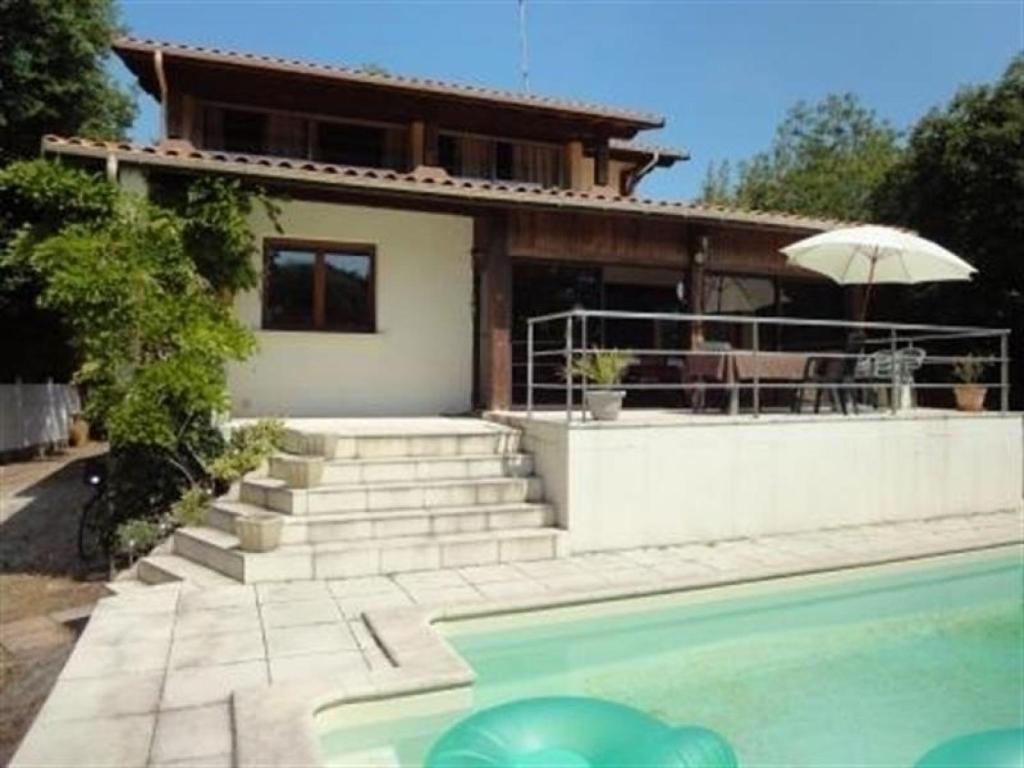 Villa 5 villa arcachon en gironde 33 for Apart hotel arcachon