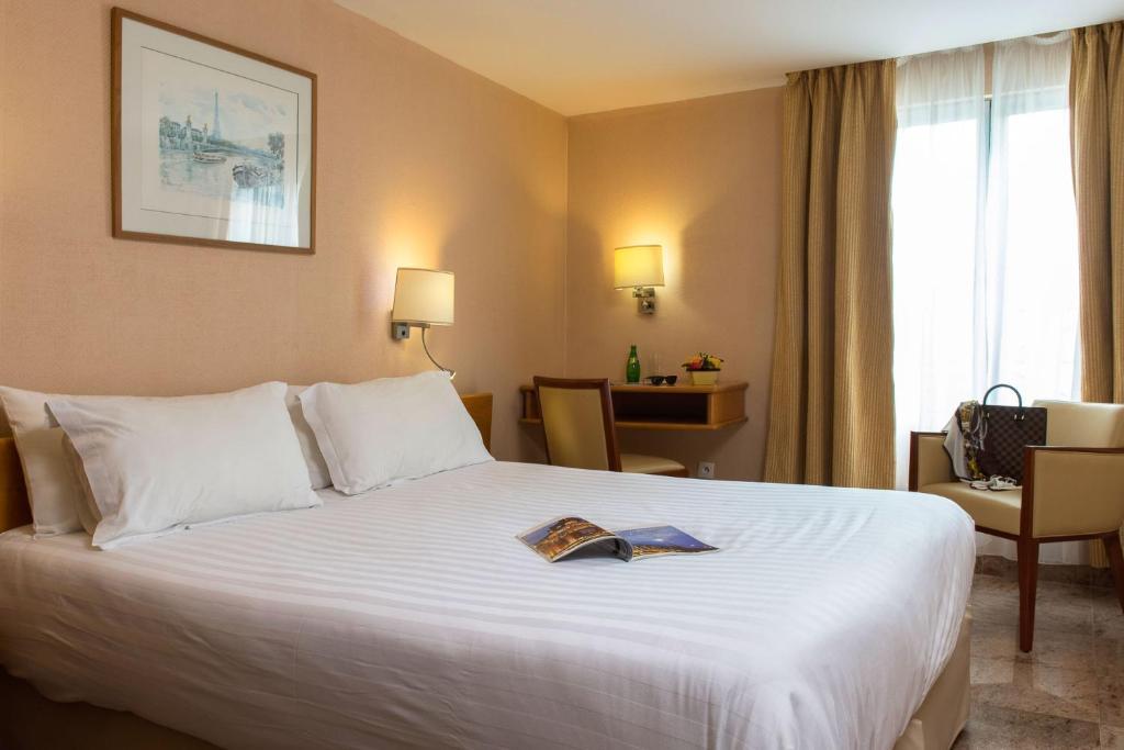 Hotel bac saint germain parijs viamichelin informatie for Michelin hotel france