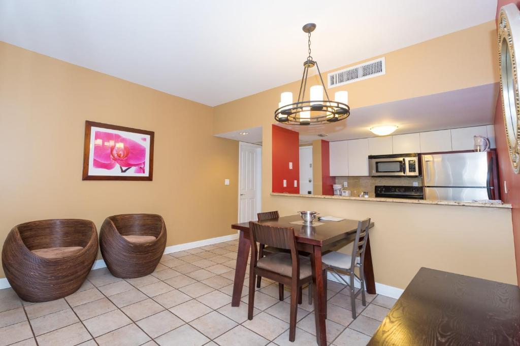 Two Bedroom Suites On Ocean Miami Beach Viamichelin Informatie En Online Reserveren