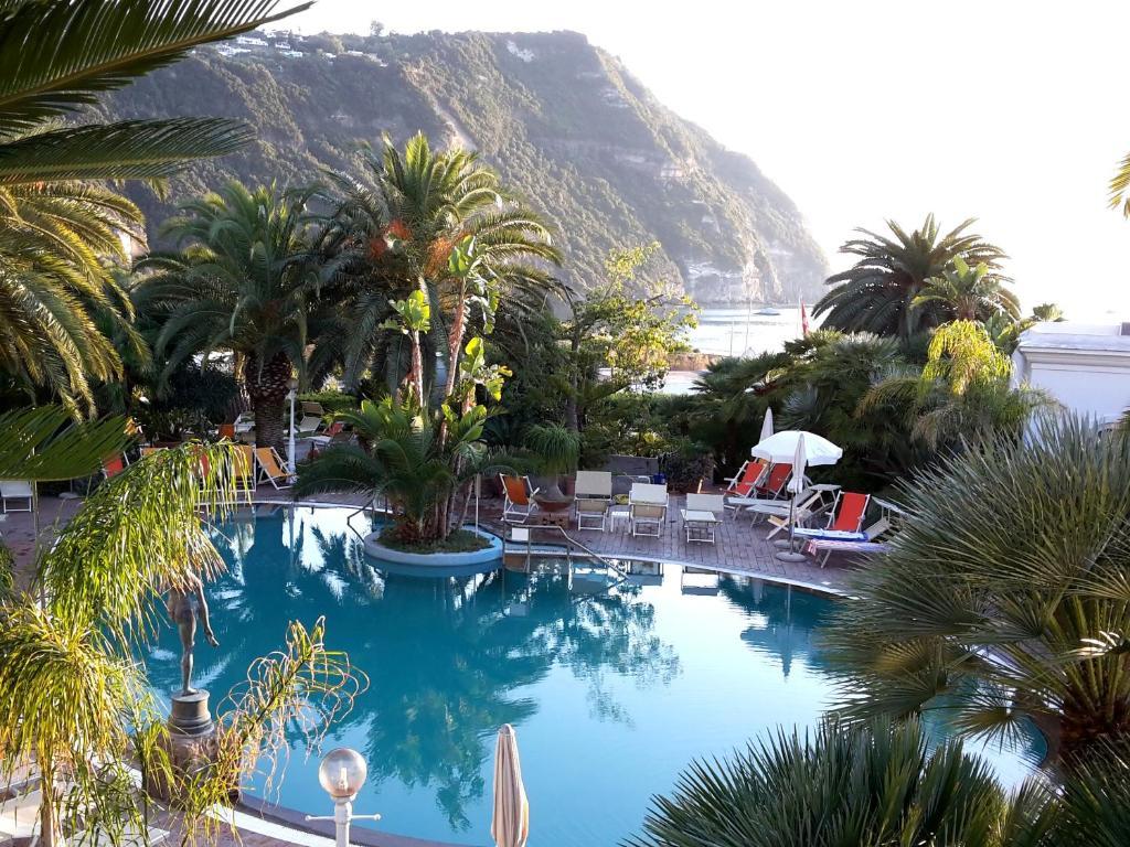 Semiramis hotel de charme italien ischia for Reservation hotel de charme