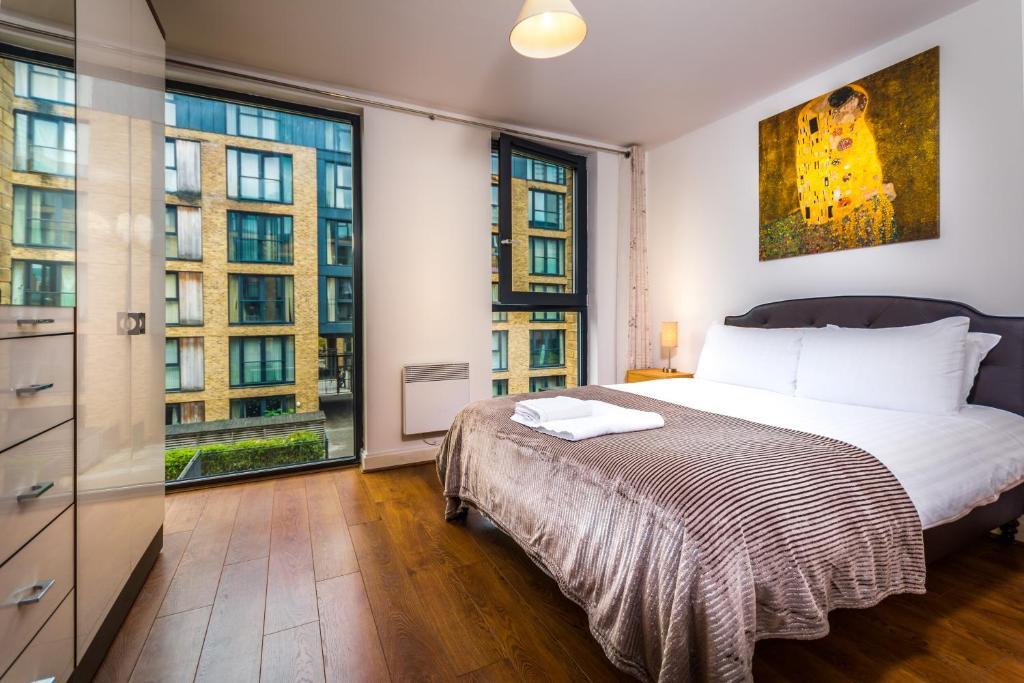 Spacious 1 bed apartment birmingham city centre uk for Appart hotel birmingham