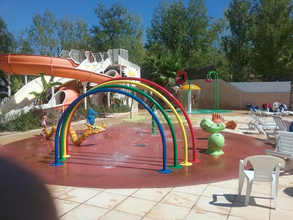 Le sable du midi camping in valras plage in l 39 h rault 34 - Office du tourisme valras plage herault ...
