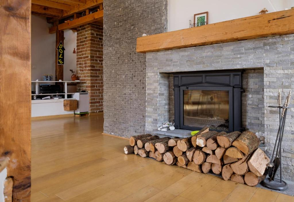 certified feng shui apartment belgrade serbia. Black Bedroom Furniture Sets. Home Design Ideas