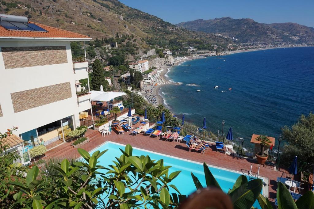 hotel bay palace taormina online booking viamichelin