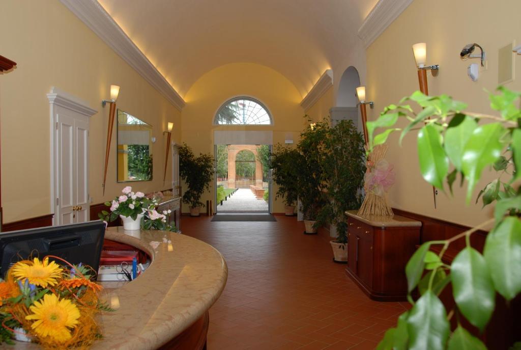 Villa aretusi casalecchio di reno prenotazione on line for Hotel bologna borgo panigale