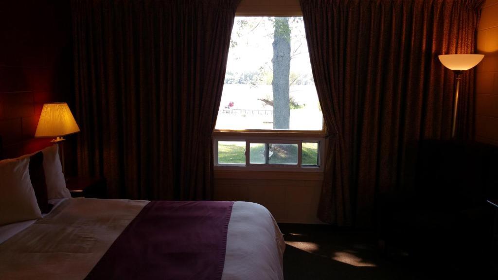Dunnville Inn Bed And Breakfast