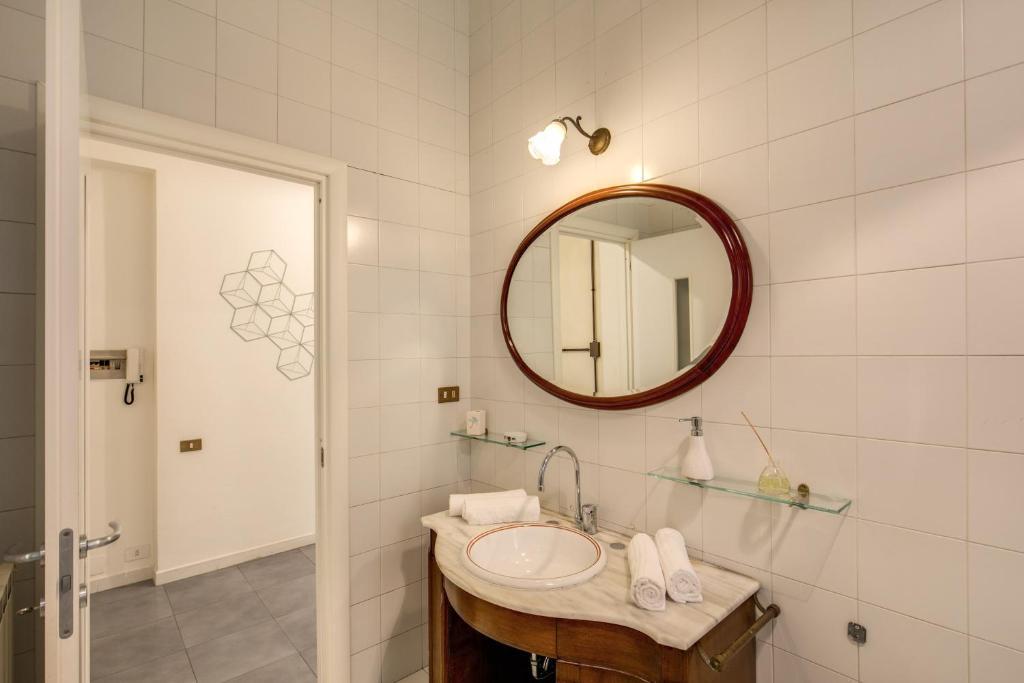 Aweshome La Spezia Hotel