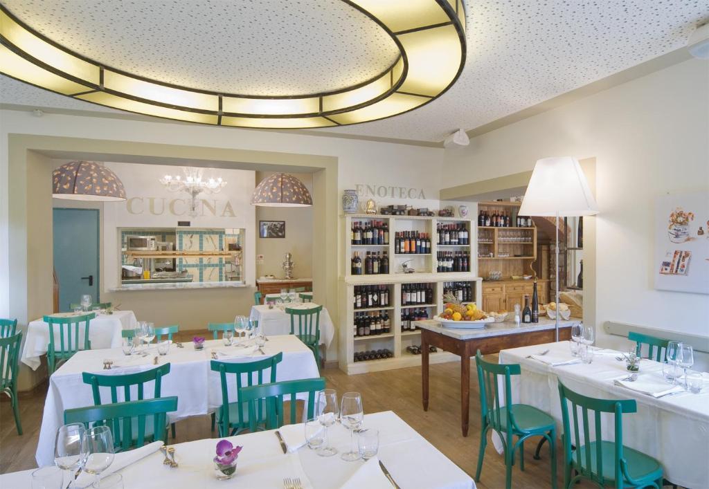 Albergo le terme castiglione d 39 orcia book your hotel with viamichelin - Le terme bagno vignoni hotel ...
