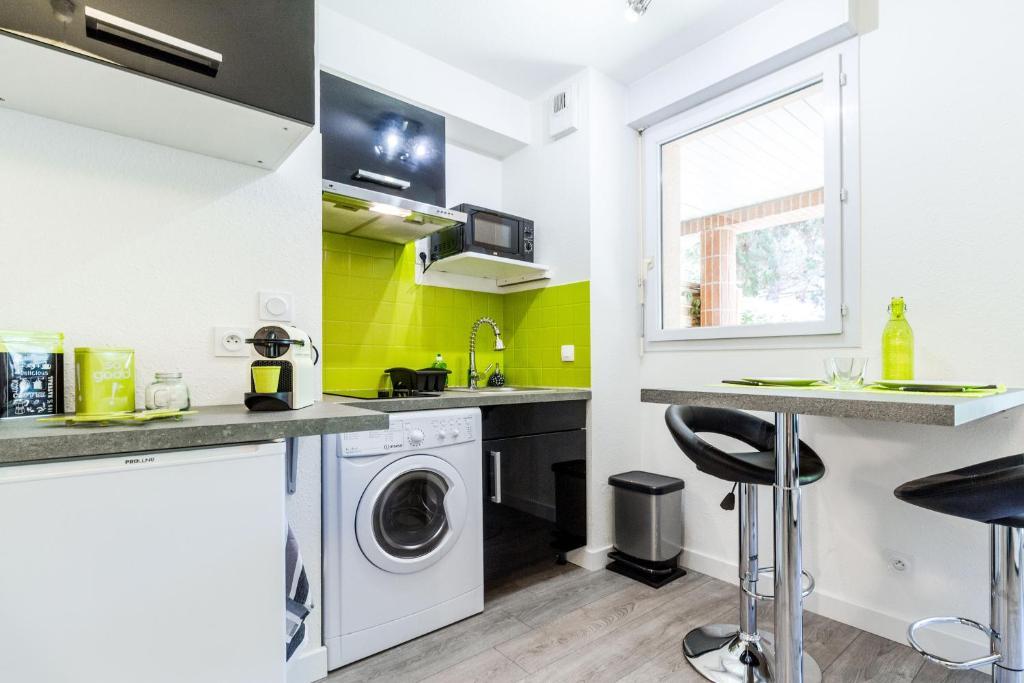 Appartement basso cambo appartements toulouse en haute - Ustensiles de cuisine toulouse ...