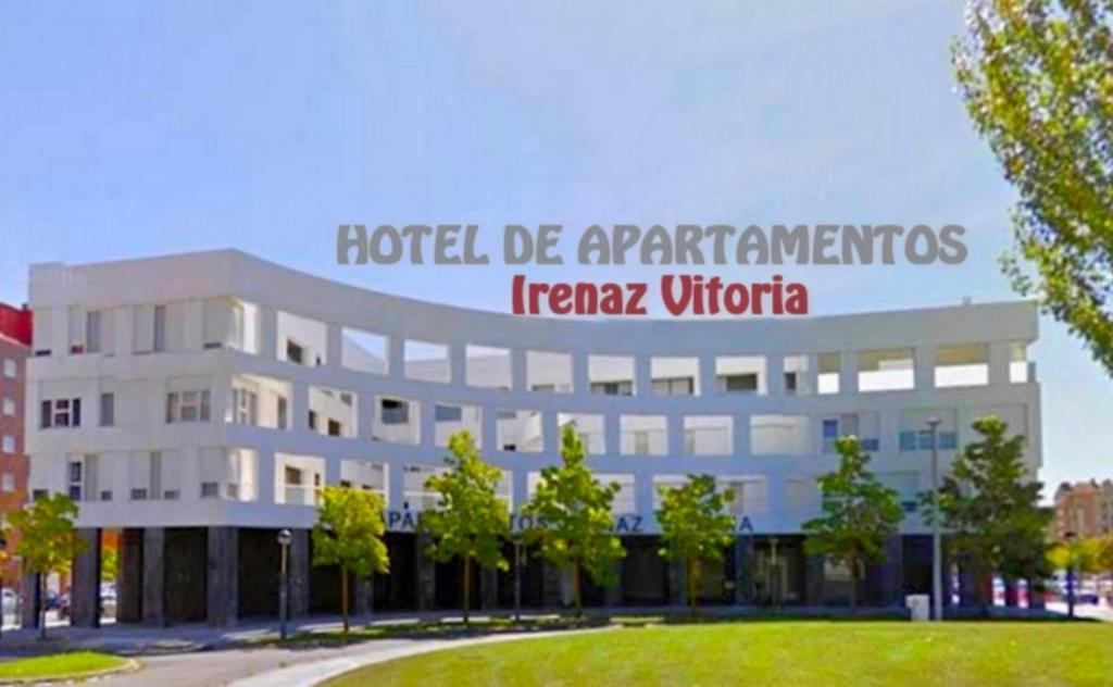 Apartamentos irenaz vitoria gasteiz viamichelin informatie en online reserveren - Apartamentos irenaz en vitoria ...