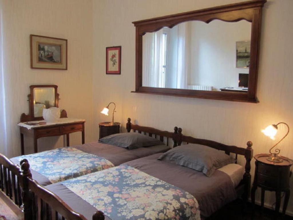 Chambres du0026#39;hu00f4tes Aude Citu00e9-City, Chambres du0026#39;hu00f4tes Carcassonne