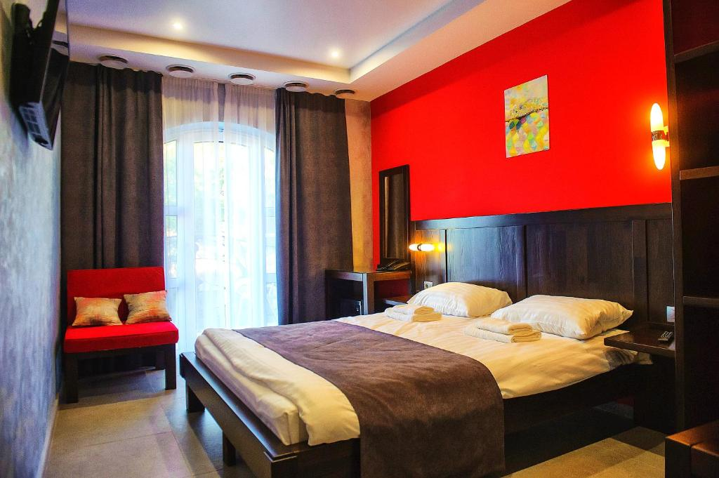 Gaudi stylish hotel odessa book your hotel with for Stylish hotel