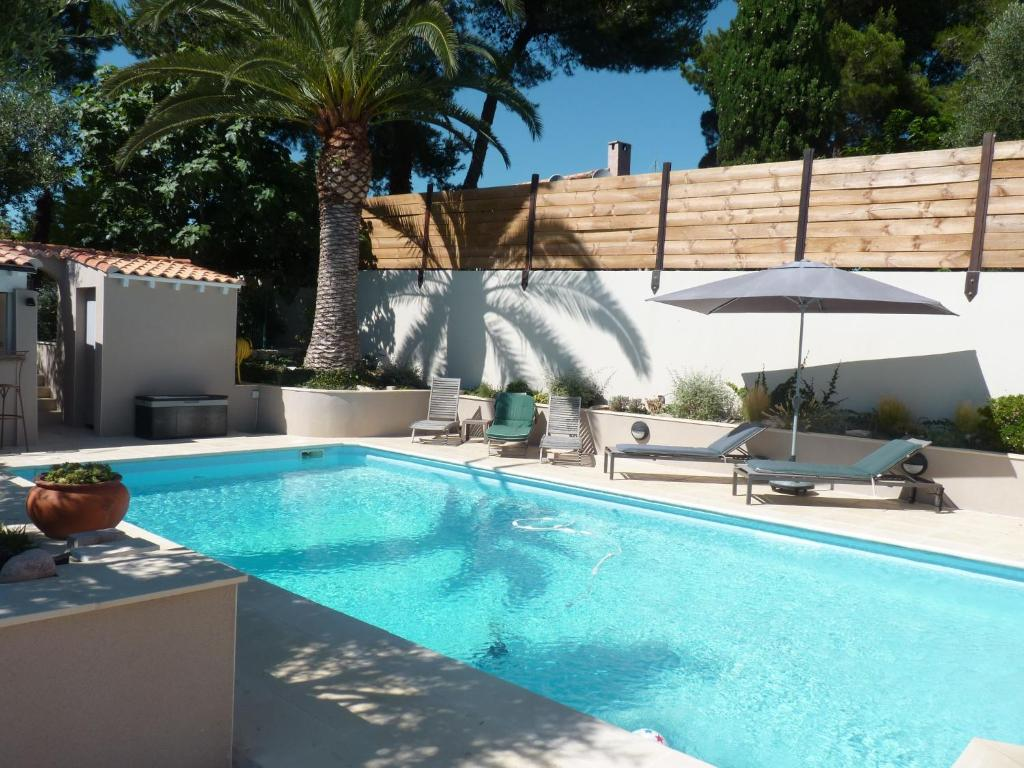 La villa du petit port r servation gratuite sur viamichelin for Piscine petit port