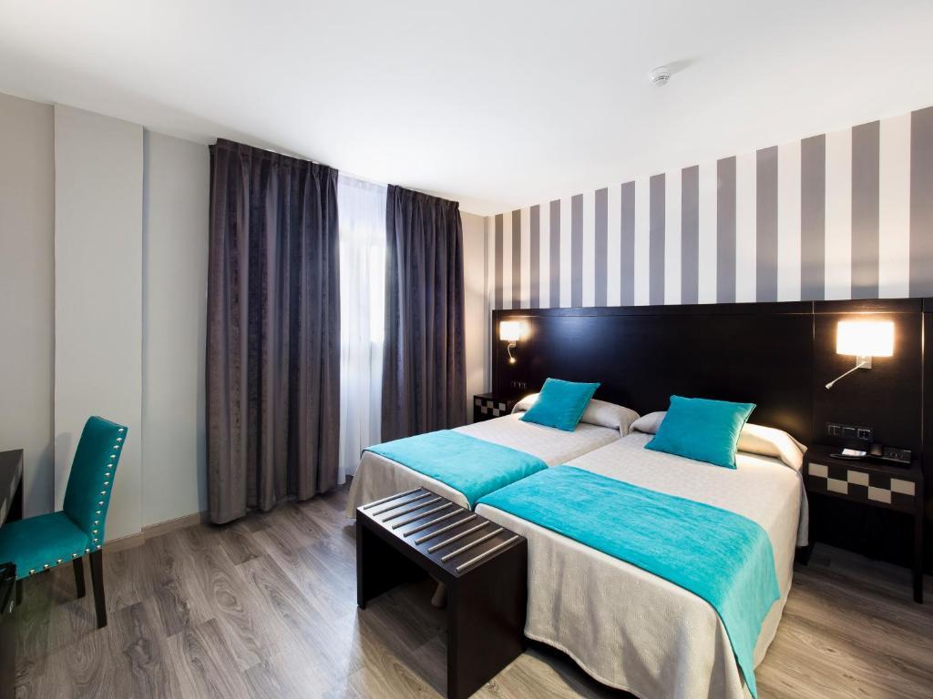 Hotel zentral parque valladolid reserva tu hotel con for Hotel parque valladolid