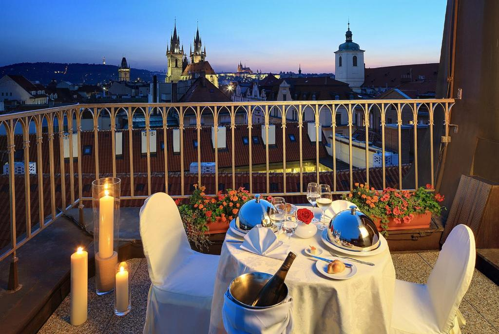 Grand hotel bohemia prague book your hotel with for Grand hotel bohemia prague restaurant