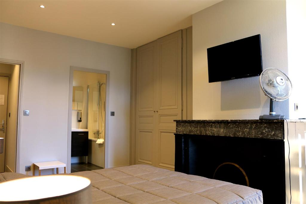 Hotel du th atre lyons book your hotel with viamichelin for Hotels 69002 lyon