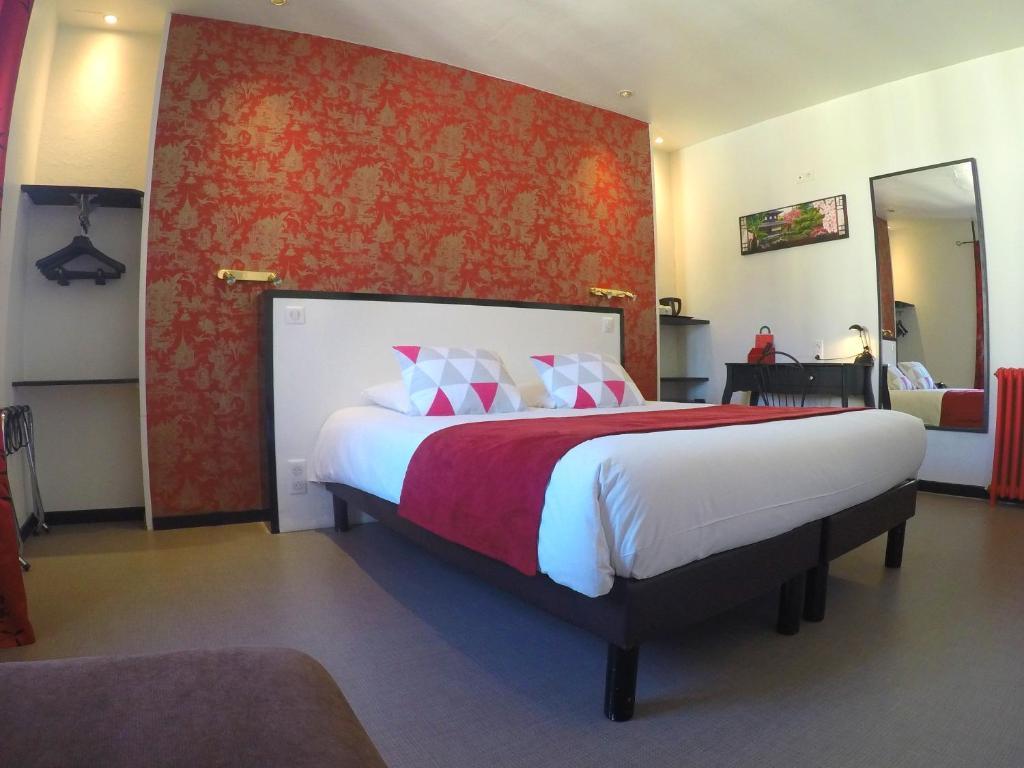 art hotel tendance limoges. Black Bedroom Furniture Sets. Home Design Ideas