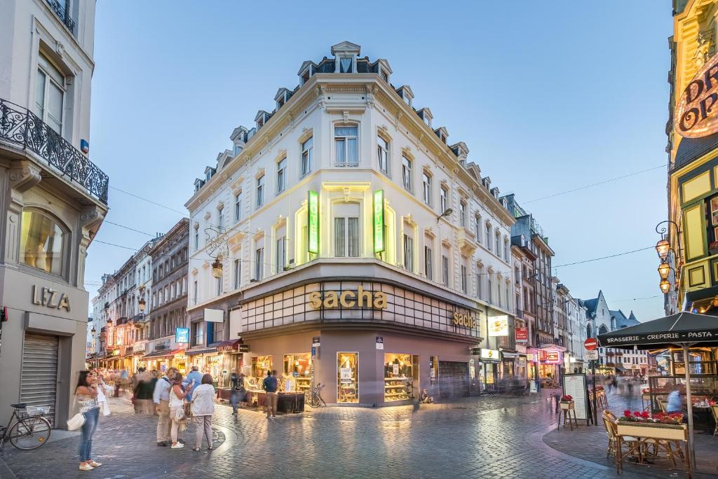 hotel opera brussels online booking viamichelin bathroom stores in france