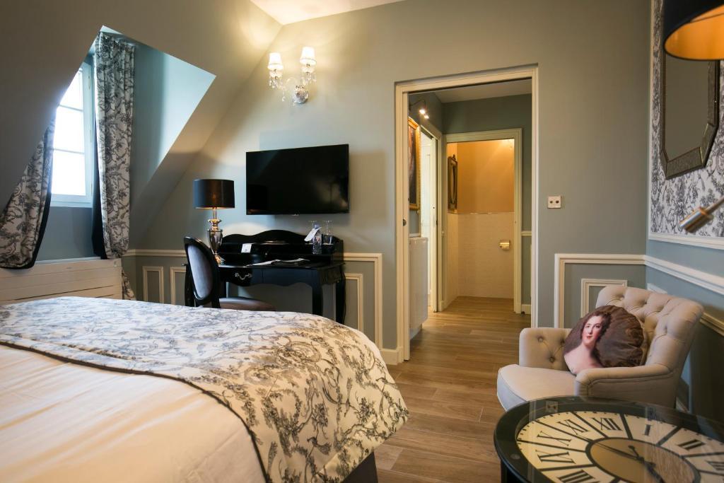 best western hotel spa grand monarque chartres. Black Bedroom Furniture Sets. Home Design Ideas