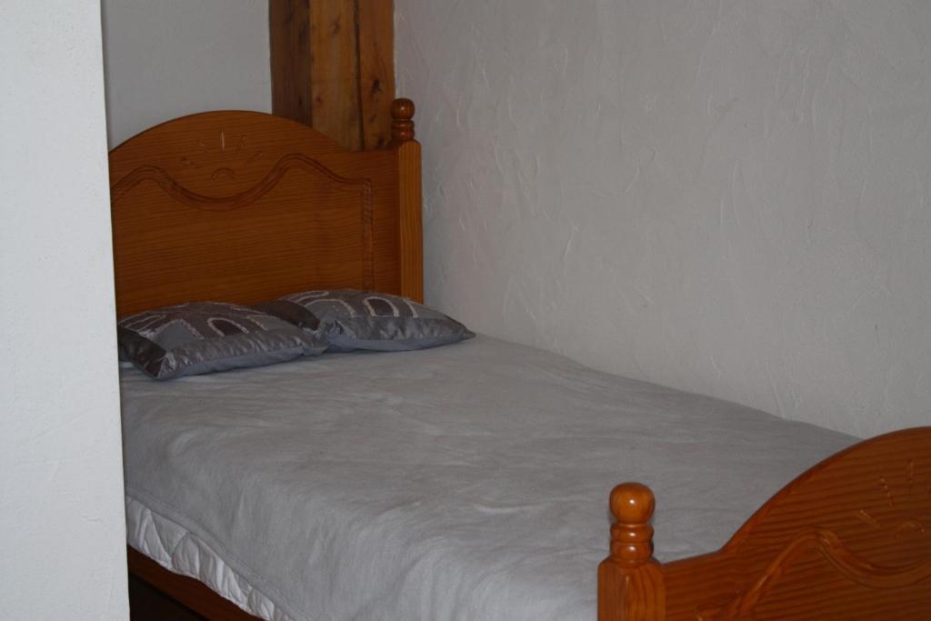 La bigue chambres et table d 39 h tes book your hotel for Table et chambre d hote
