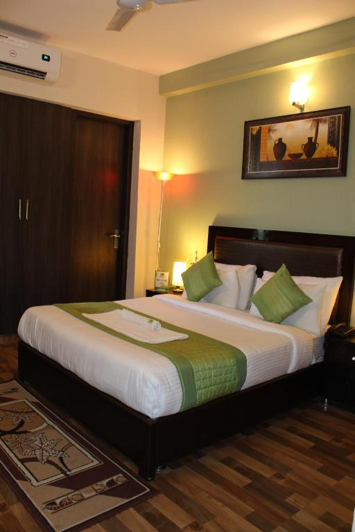 Pacific Inn Eco Central New Delhi Book Your Hotel With