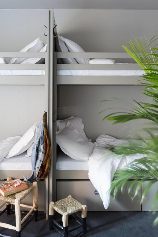 ho36 hostels lyon. Black Bedroom Furniture Sets. Home Design Ideas