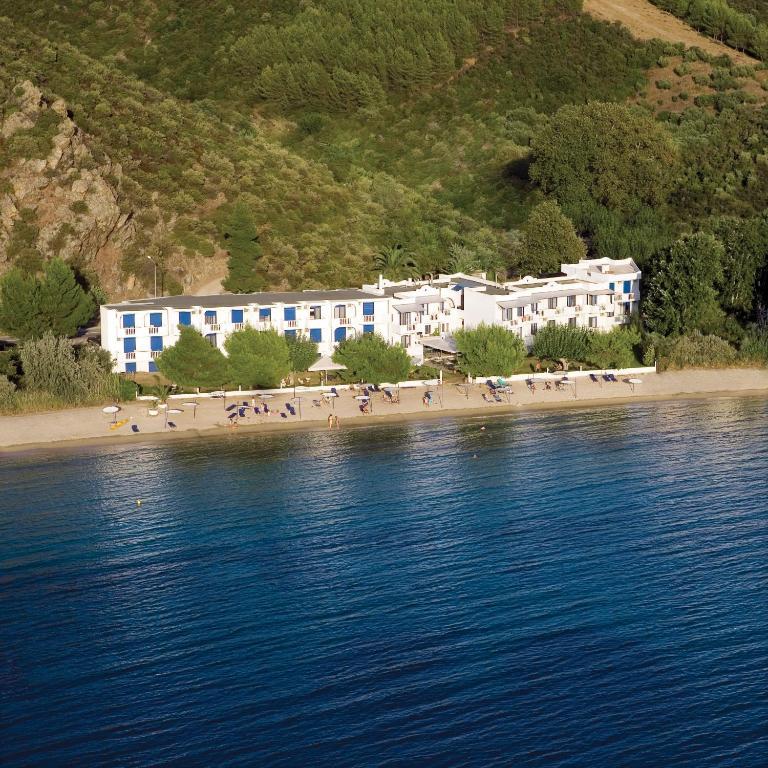 <div data-et-view=NAFQCDCcdXDPdFO:1</div Hotel Porto Koufo