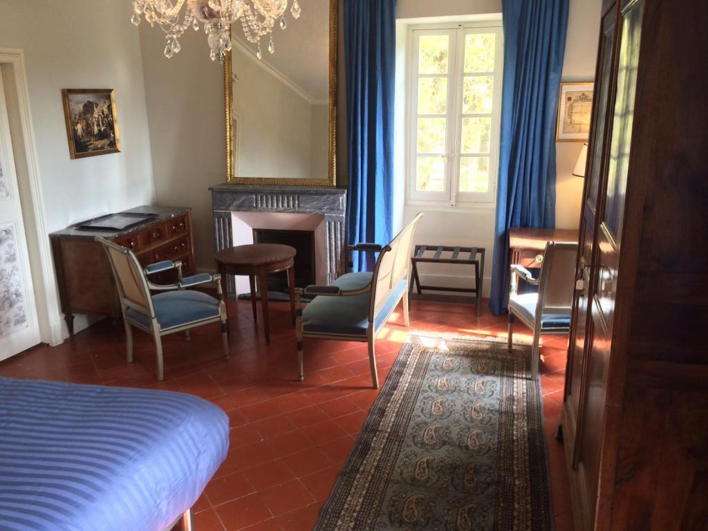 Chambres d 39 h tes domaine de saint charles chambres d 39 h tes les plans - Chambres d hotes provins ...