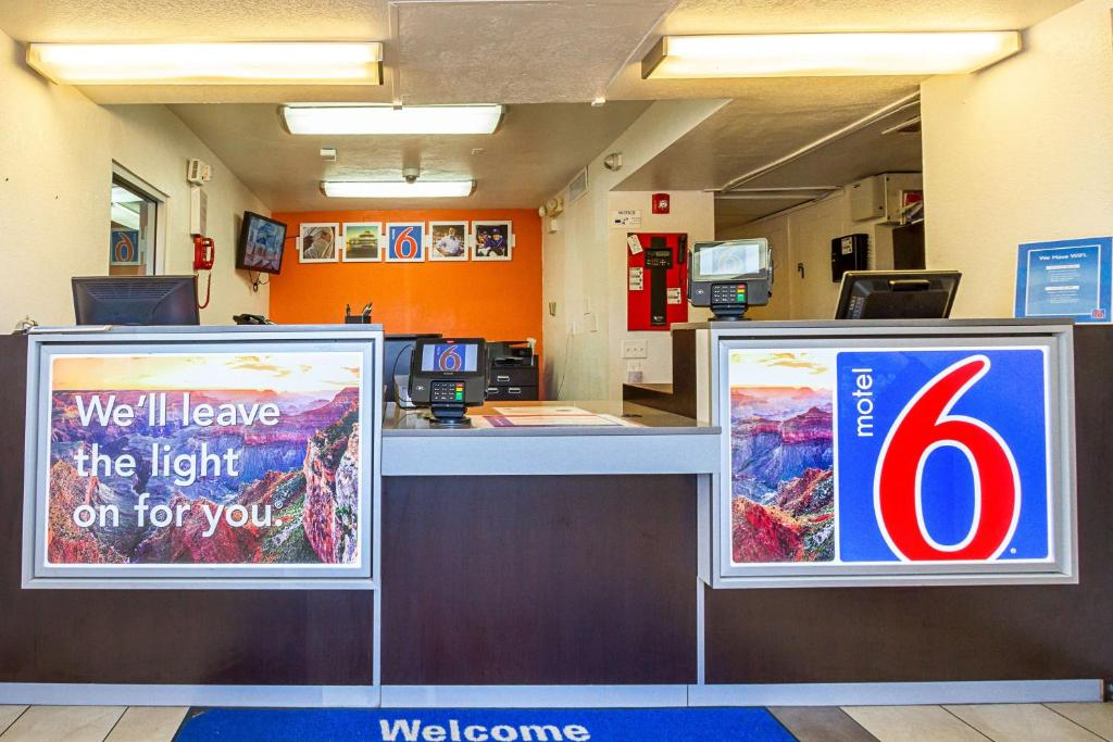 Motel 6 Mesa South is located within a short drive to Mesa Gateway Airport or Sky Harbor Airport, Hohokam Stadium, Sunsplash and the Sun Devil Stadium. Enjoy our outdoor pool and truck parking. Free Wi-Fi. Modern Rooms.