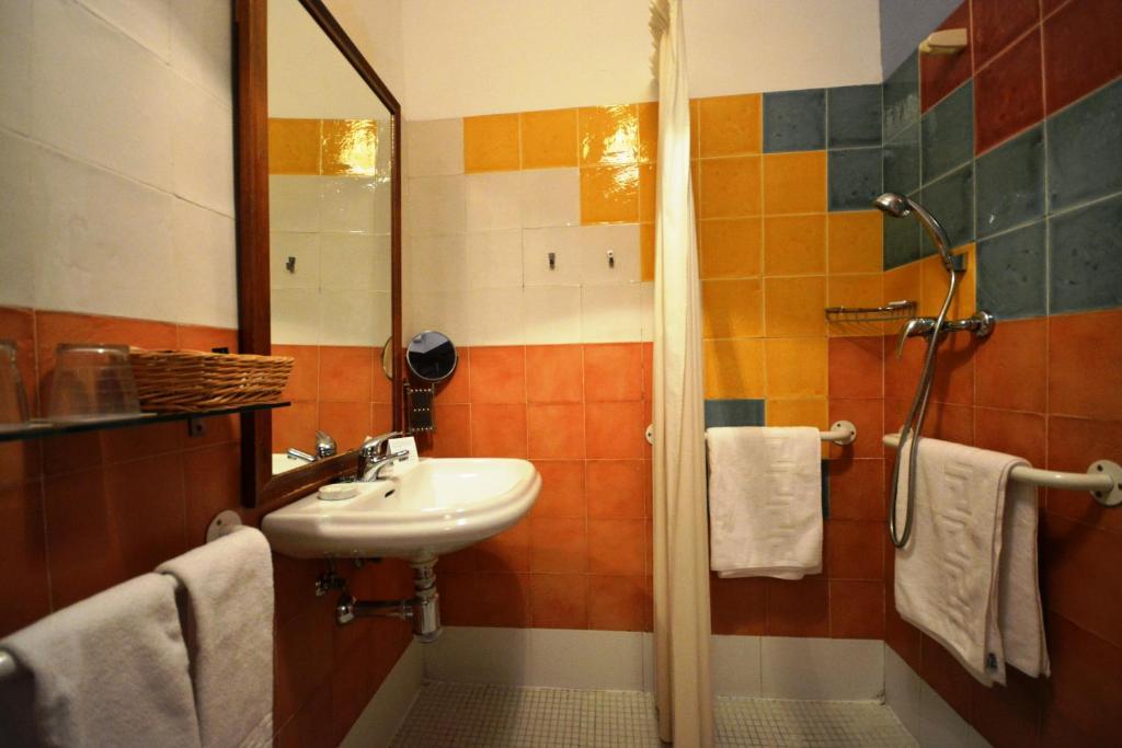 Hotel casa de los azulejos r servation gratuite sur for Hotel azulejos