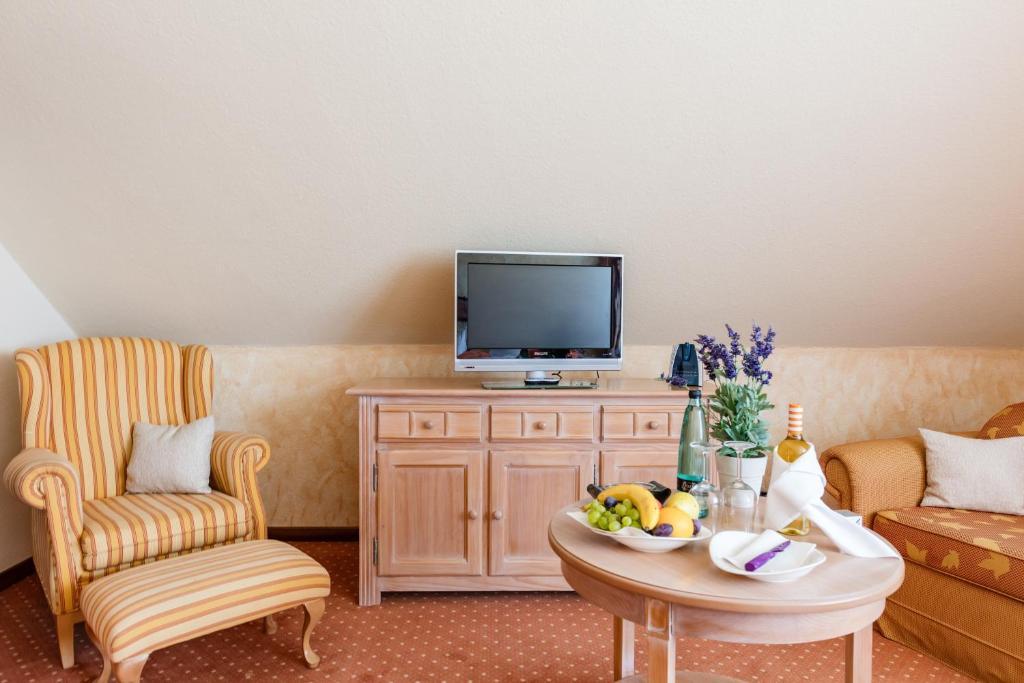hotel landhaus haffkrug scharbeutz online booking viamichelin. Black Bedroom Furniture Sets. Home Design Ideas
