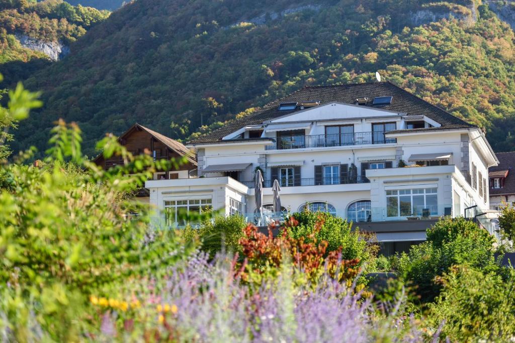 H tel beau site talloires r servation gratuite sur for Site francais reservation hotel