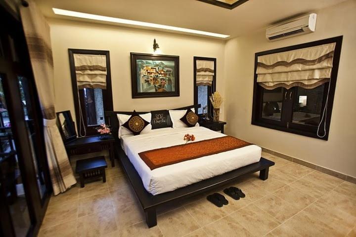 Phòng Deluxe Giường đôi Phía Đồi Nhìn ra Hồ bơi