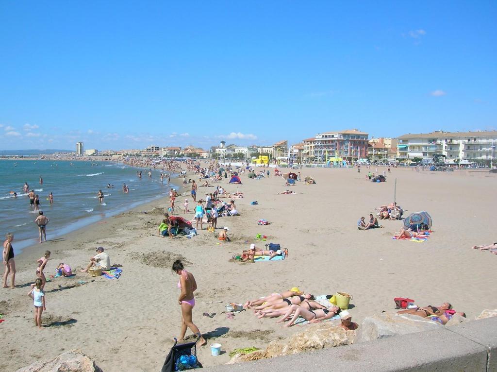 Les sables du midi valras plages locations de vacances - Saint pierre la mer office du tourisme ...