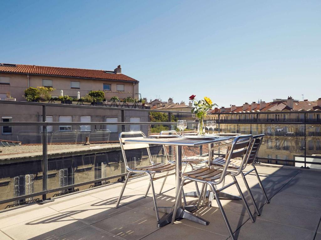 Aparthotel adagio marseille vieux port locations de - Location vacances marseille vieux port ...