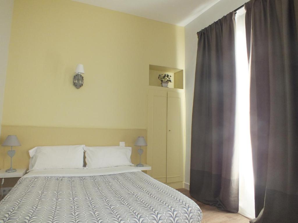 Alcove Des Beaux Arts Turs Reserva Tu Hotel Con Viamichelin