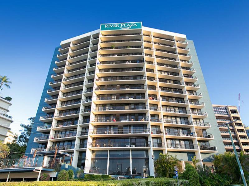 River Plaza Apartments Brisbane Australia