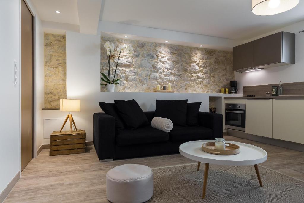 appartement cosy home locations de vacances antibes juan les pins. Black Bedroom Furniture Sets. Home Design Ideas