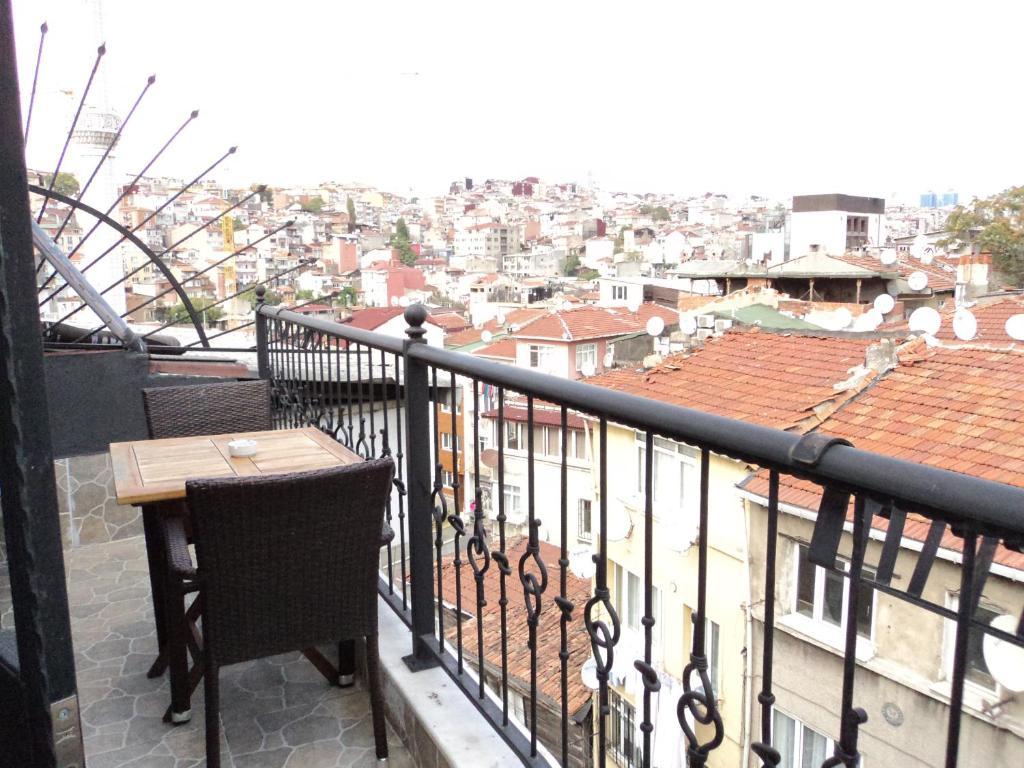 Terra suites beyo lu informationen und buchungen for Taksim pera orient hotel