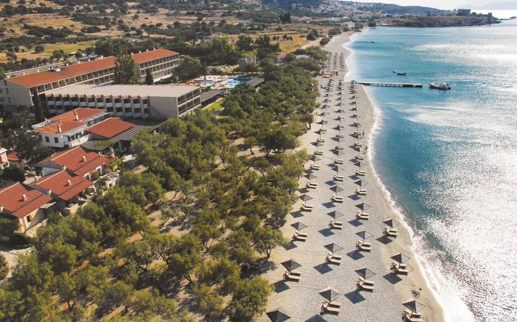 מבט מלמעלה על Doryssa Seaside Resort