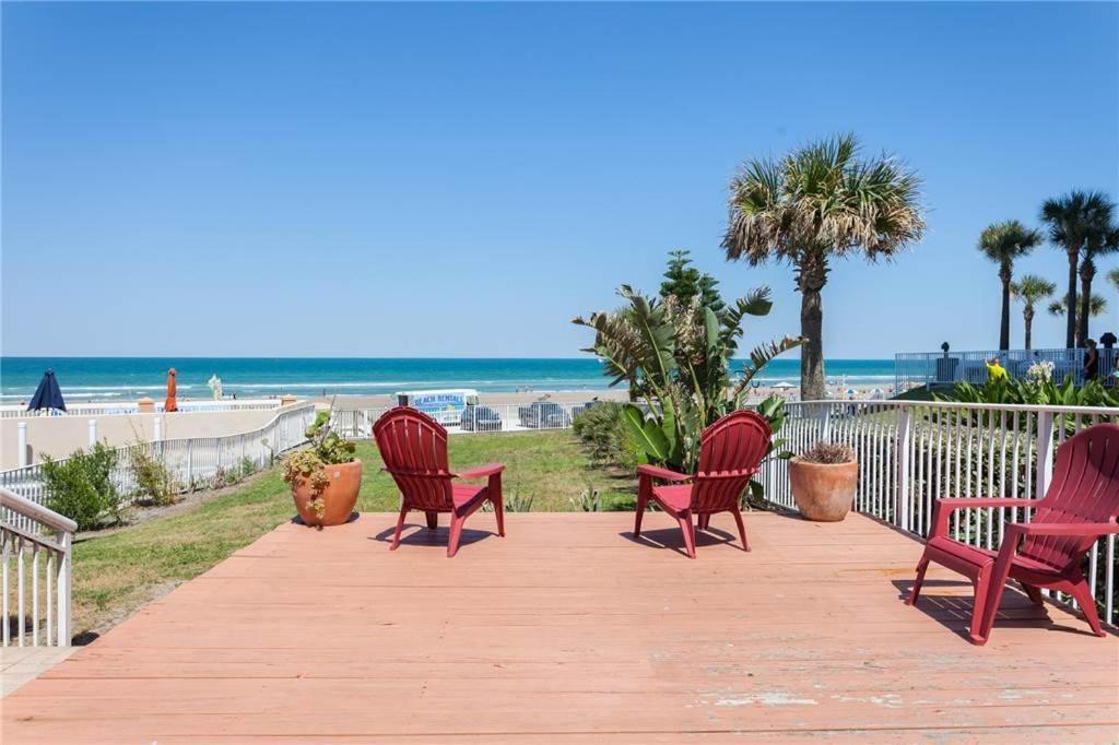 Dolphin Bay 1 One Bedroom Apartment Daytona Beach Fl