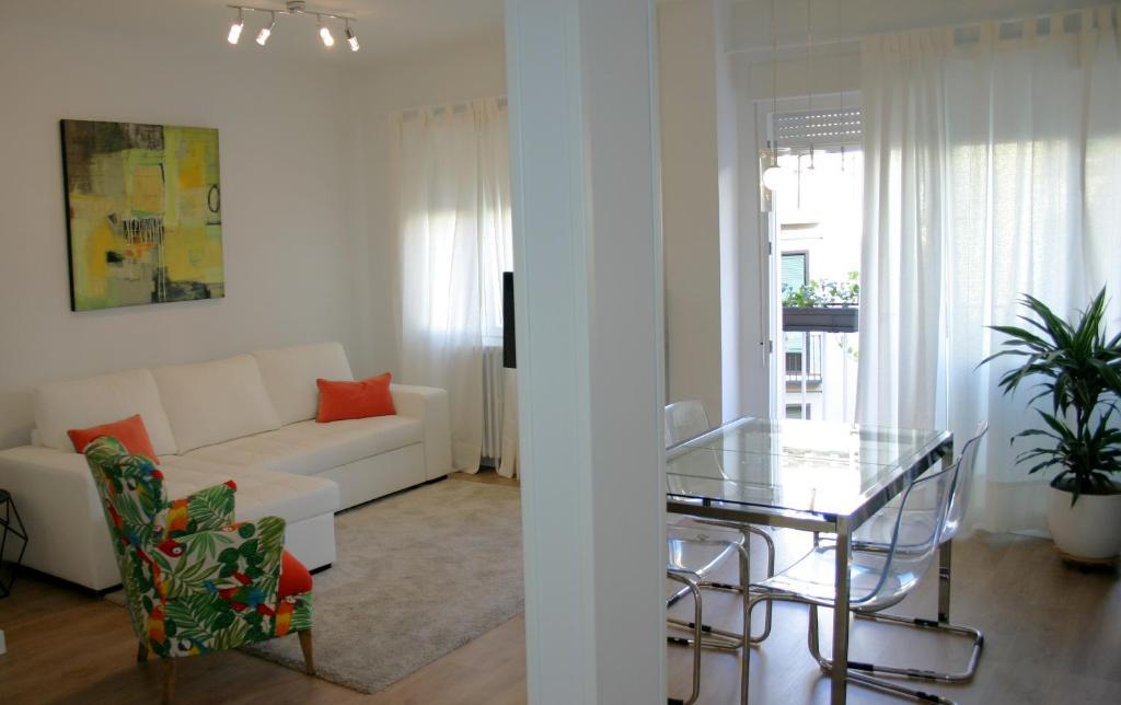 Apartment plaza mayor de lujo madrid including reviews for Booking hoteles de lujo