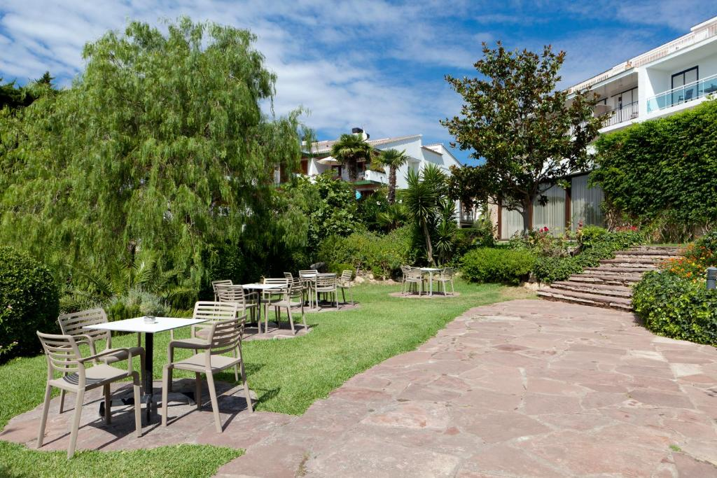 Hotel alga r servation gratuite sur viamichelin - Calella de palafrugell office tourisme ...
